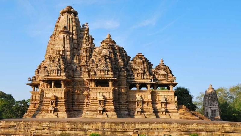 Central India (nagpur 1n| Pachmarhi 1n| Bhopal 1n| Indore 1n| Mandu 1n| Ujjain 1n), Total (6n/7d)