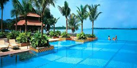 Luxury Package - Hotel Holiday Inn - 5 Star(Goa 3N)