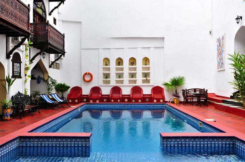 Dubai - Dhow Palace Hotel Package