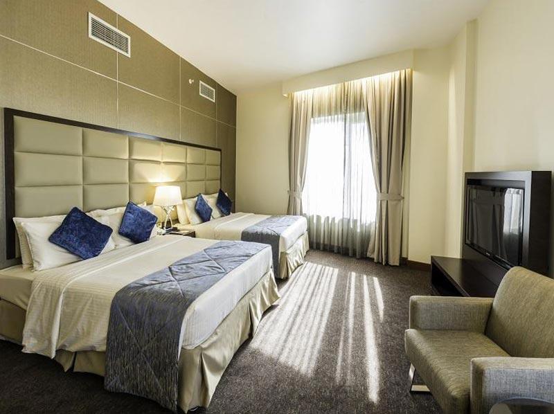 Dubai -  Howard Johnson Hotel Package