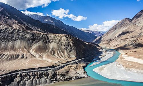 Srinagar - Sonmarg - Ulektopko - Leh Tour