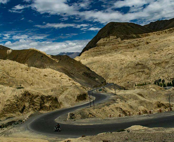 Leh Ladakh 6 Nights 7 Days Tour Package