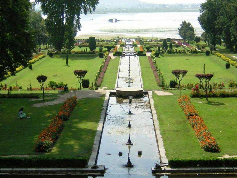 Enchanting Kashmir 4 Nights 5 Days Tour