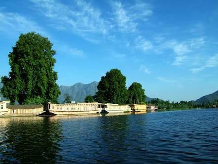 Enchanting Kashmir 4 Nights 5 Days Tour