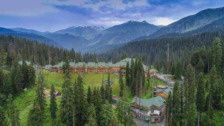 Kashmir Weekend Tour 3 Nights 4 Days
