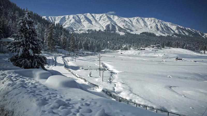Kashmir Weekend Tour 3 Nights 4 Days