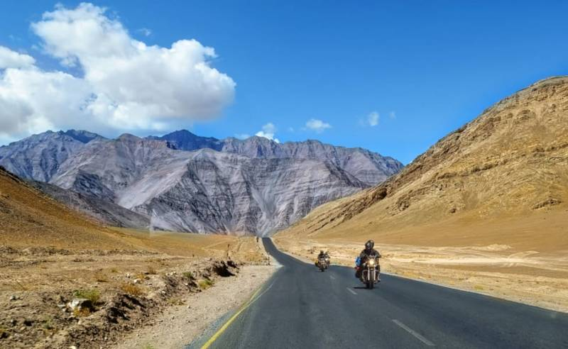 LADAKH TOUR   6 DAYS TOUR