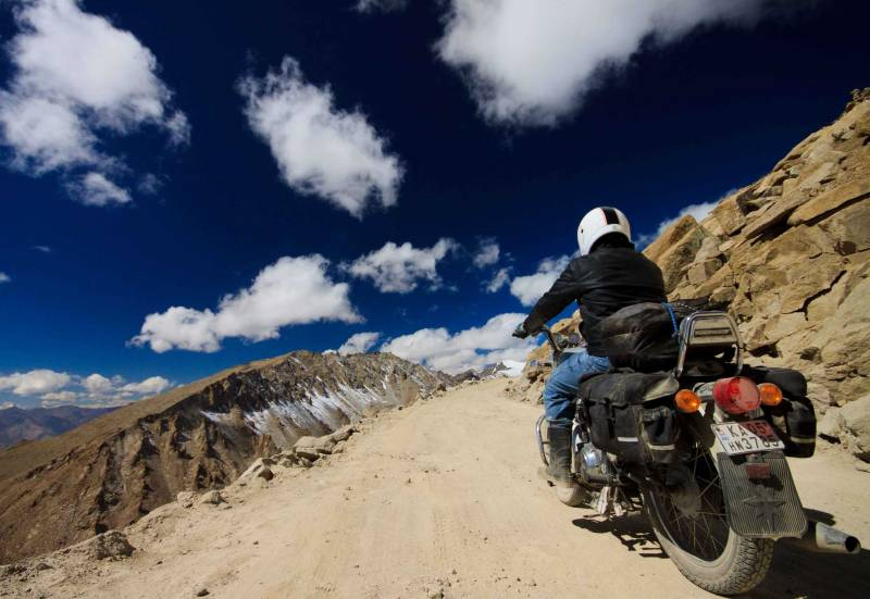 Bike Tour Srinagar to Leh