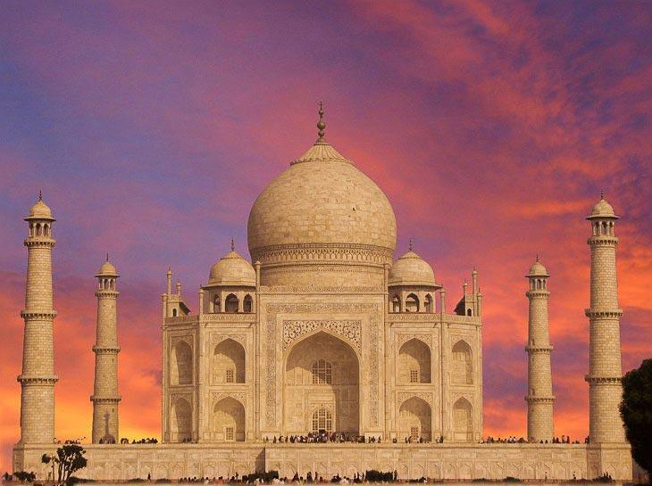 Taj Mahal Moonlight Tour