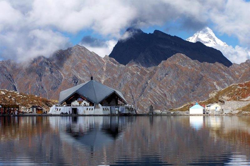 Hemkund Sahib Yatra Sikh Pilgrimage Tour to Hemkund Sahib Package