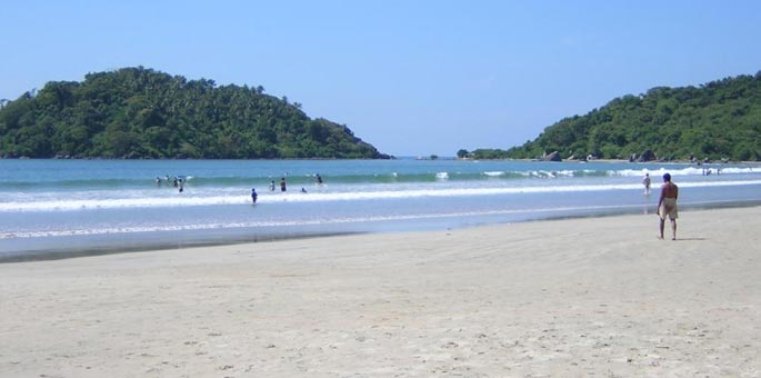 Gujarat and Goa Beach Tour