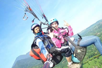 Himachal of Bir Billing Paragliding Tour