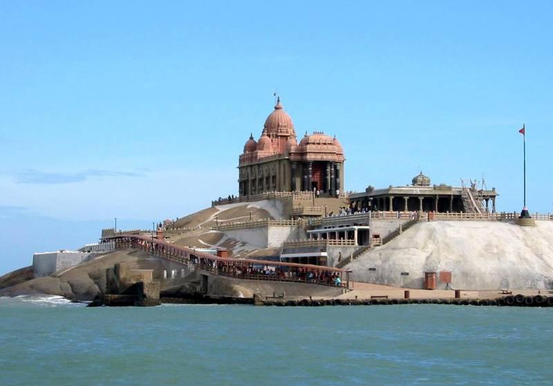 Cochin- Munnar- Thekkady -kovalam-alleppey-cochin Tour