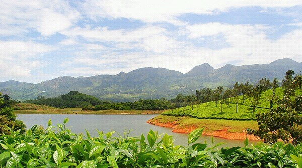 Premium Kerala Tour Package - 1