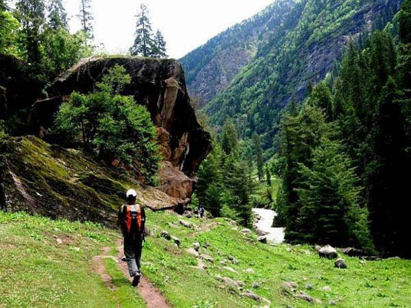 Khirganga Trek 1 Night 2 Days Package