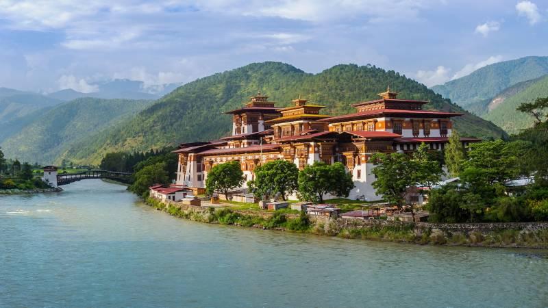 7 Nights  8 Days Bhutan By Road Tour