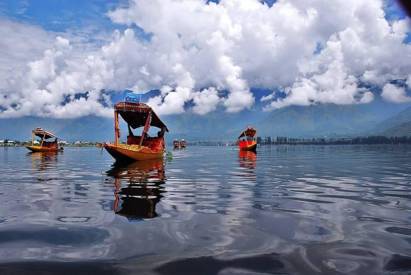 8 Days Kashmir Tour