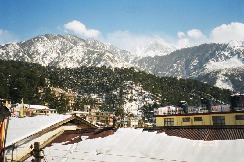 Mcleodganj and Bhagsunag Nath Cab Tour