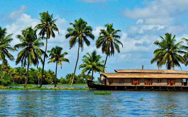 3 Night 4 Days Kerela Tour package