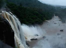 Amazing Kerala Waterfalls and Beach Tour