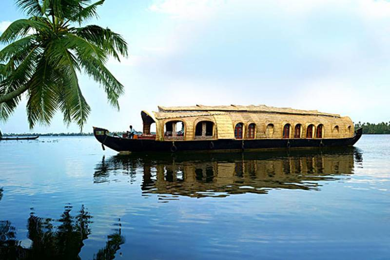 Romantic Kerala Backwaters Tour Romantic Holiday in Kerala Tour