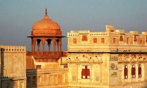 Mumbai - Jaipur - Ajmer - Pushkar - Jodhpur - Ranakpur - Udaipur - Mumbai Tour