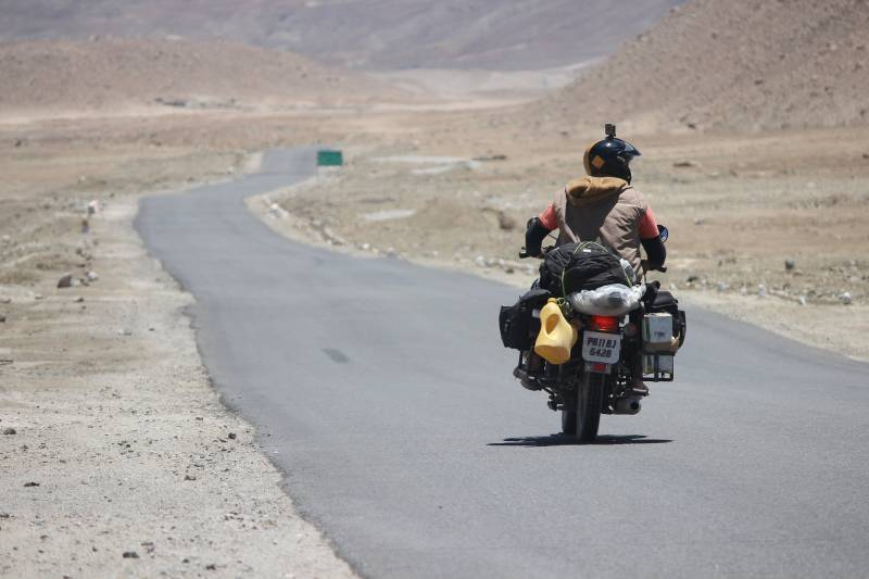 The Epic Road Trip - Tour Package for Ladakh & Kashmir