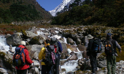 Hampta Pass Trekking Tours