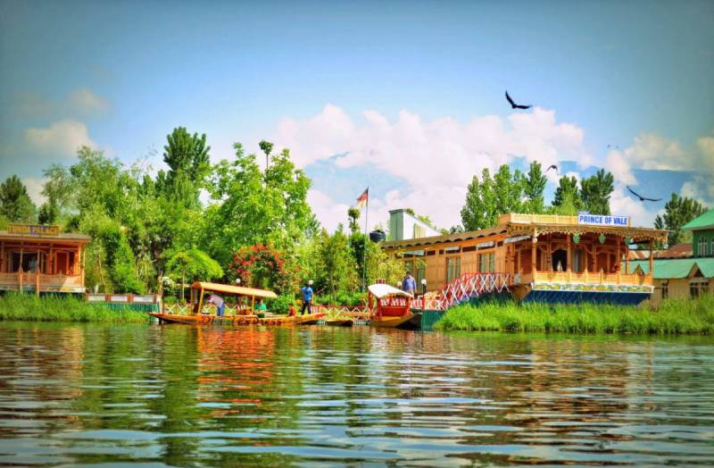 Kashmir- A Paradise On Earth Tour
