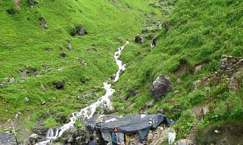 Trekking in Mandani Valley Tour