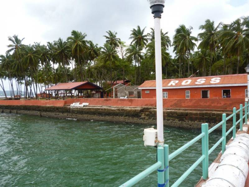 Amazing Coral Island Tour