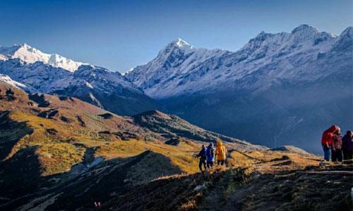 Gangtok-Yuksum-Dzongri Trek Tour