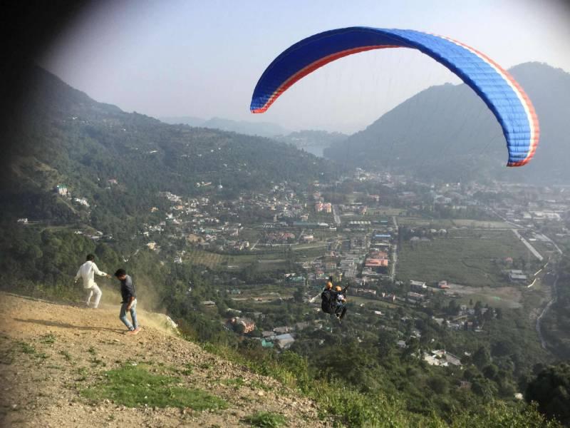 Nainital – Uttarakhand Paragliding Package