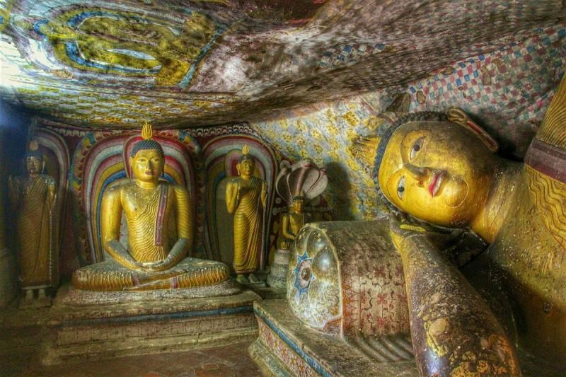 Round Trip to Lanka Tour