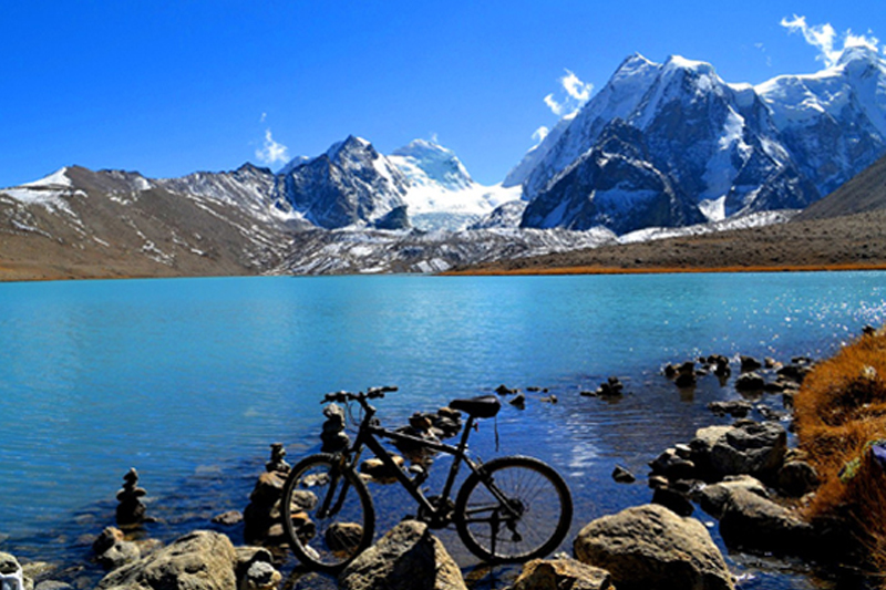 7 Nights and 8 Days Royale Himalayas Tour