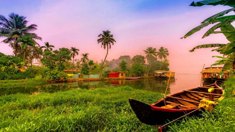 3 Nights 4 Days Munnar to  Alleppey Tour