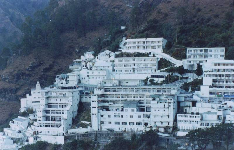MATA VAISHNO DEVI WITH PATNITOP TOUR PACKAGE