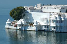 Gujrat & Lake City of Rajasthan Tour