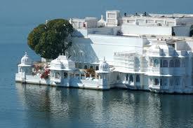 Gujrat & Lake City of Rajasthan Tour