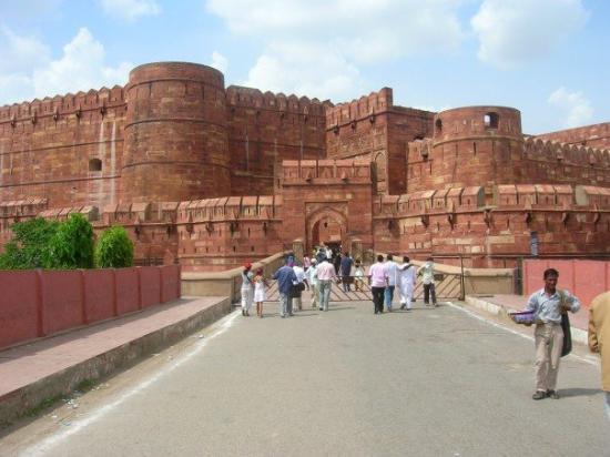 Delhi with Agra Tour