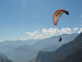 Manali by Volvo - Honeymoon Special Package