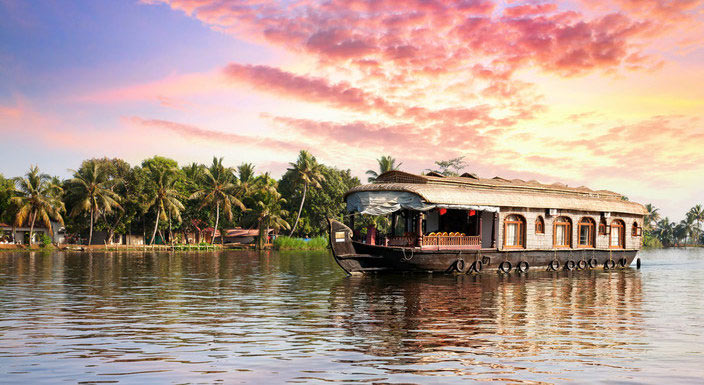 Appealing Kerala With Private Vehicle Tour (Flight Inclusive)