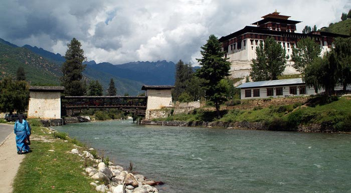 Bhutan Tour - Land of the Thunder Dragon (Winter Special)
