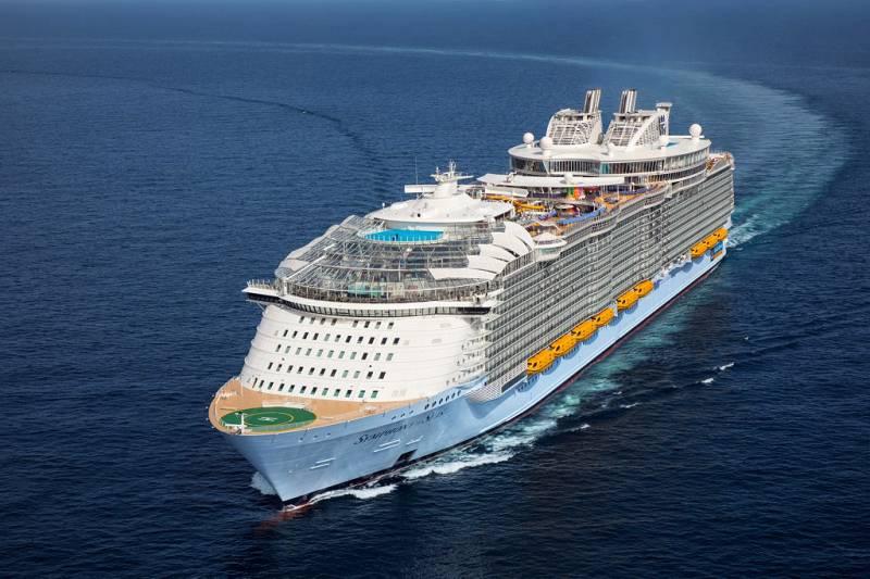 Mumbai - Goa By Cordelia Cruise for 3 Nights Balcony Room