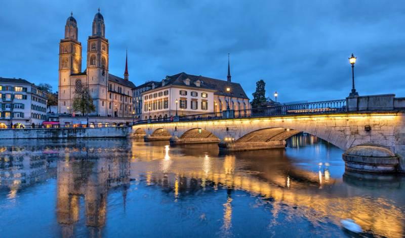 Paris - Swiss - Austria - Italy Tour