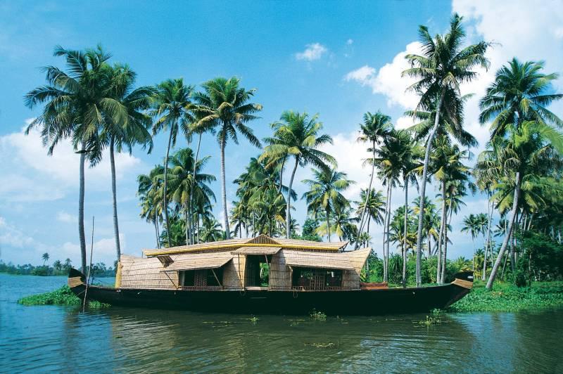 7N/ 8D Charming Kerala With Kanyakumari.