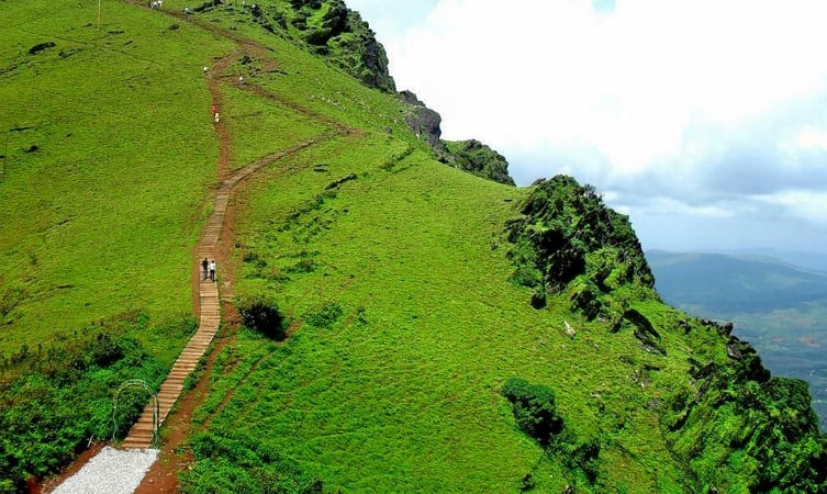 Weekend Package Tour to Chikmagalur