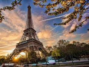 Prague, Switzerland and Paris / 8 Days Tour