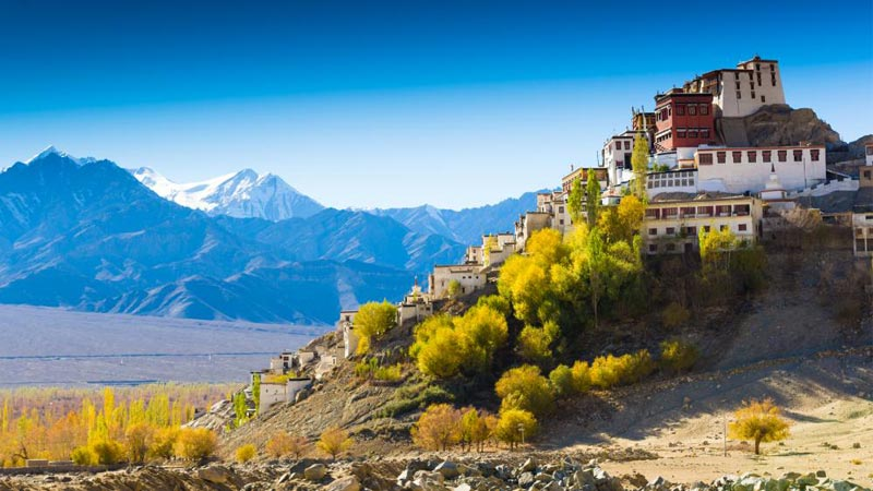 Fly Ladakh Ex. Delhi 6 Nights / 7 Days Tour