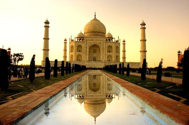 Taj Mahal with Chambal Safari Tour